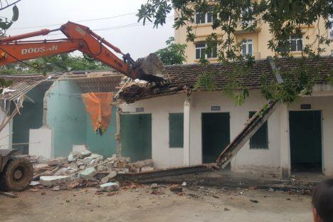 Phá dỡ nhà, công trình tại Thanh Hóa - Chúng tôi tự hào là một trong những Doanh nghiệp đi đầu trong công tác Phá dỡ nhà, công trình tại Thanh Hóa.